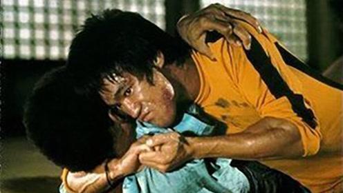 除了拳腿双节棍厉害,李小龙竟还是一个柔术高手!