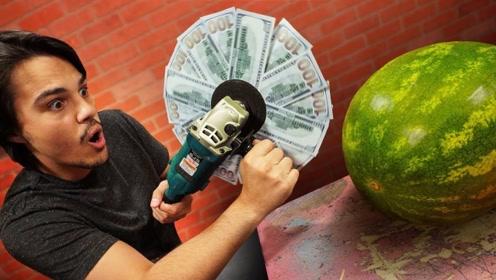 10000美元切水果会怎样?老外亲测,贫穷限制想象!