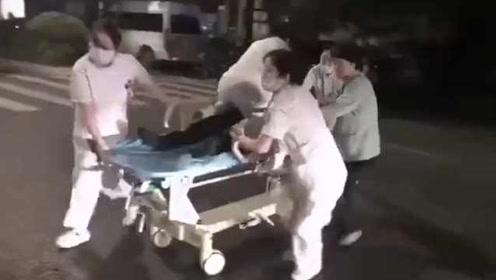 网约车司机心跳骤停,车还在继续开,乘客跳车求救将车逼停