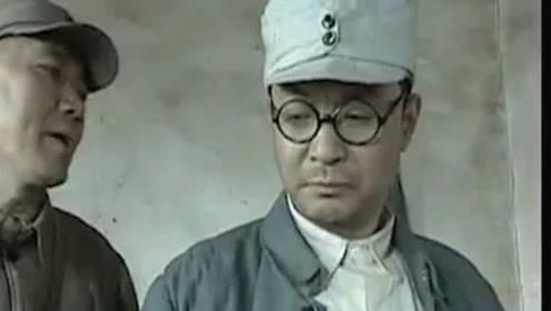 亮剑:演技炸裂的旅长,居然是导演?只因当时剧组太穷哪像现在