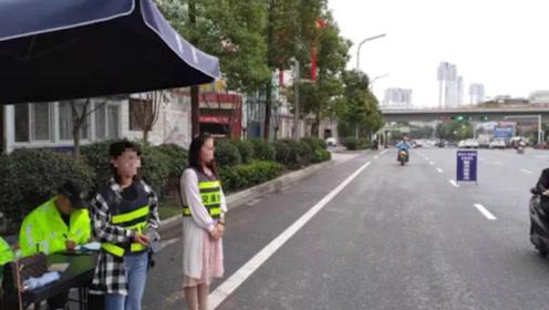 """陕西""""任性姐""""骑车不戴头盔还发视频挑衅:交警在哪里 结果.."""