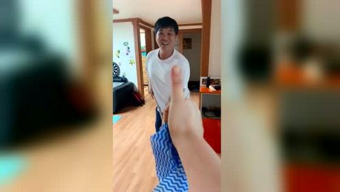 中国姑娘远嫁韩国的生活,晚上九点还在打扫卫生,网友:你干嘛呢