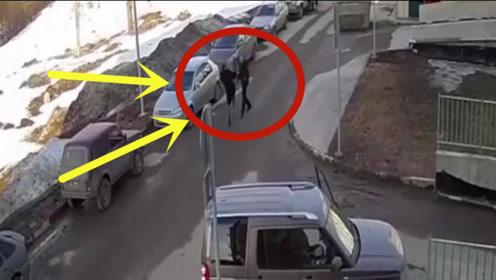 女司机违章停车被男子拍下,谁料女子也不是善茬,男子悲剧了!