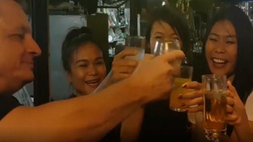 泰国游玩时,酒吧的二楼千万不要上,后悔都来不及
