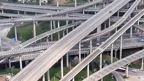 因为这座立交桥重庆又火了!其复杂程度,让导航都瘫痪了!