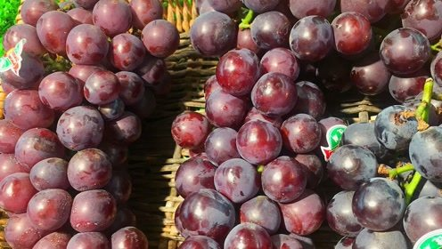 买葡萄时,遇到这3种白送也不要,水果店老板自己也不吃