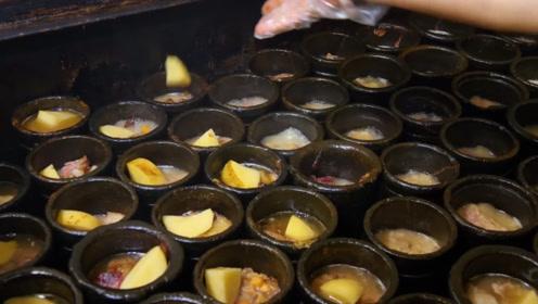 伊朗特色小吃,肉汤配薄饼,看得肚子都饿了!
