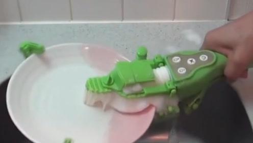 日本发明新型洗碗机,从此洗碗再也不用愁,减少了夫妻矛盾