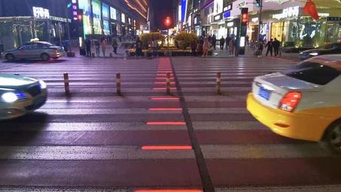 地上也能亮红绿灯!沈阳这条人行横道成网红