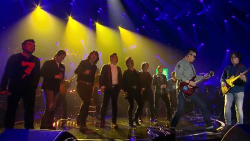 11年才有一次的盛况,中国摇滚界半壁江山齐唱《礼物》太过震撼!