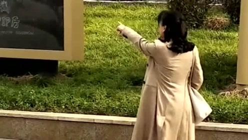 终于在现实中近距离见到真人了,马苏排起戏来好拼命,好喜欢她演的剧!