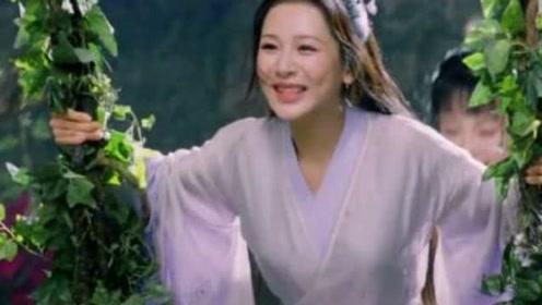 原来杨紫荡秋千的唯美画面是这样拍的 网友:扎心了