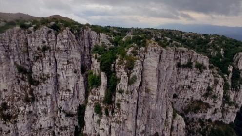 游历世界最大最深峡谷之一维科斯峡谷!走访山间的动物庇护所!