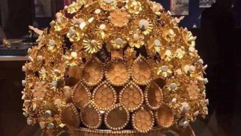 合葬墓出土皇后凤冠,上面有500颗宝石,为何专家看后摇头了?