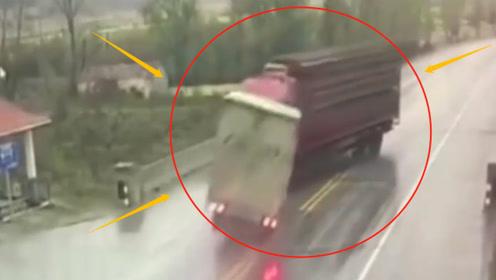 惨烈!两辆大货车正面相撞,2司机当场死亡!不是监控谁会敢信?