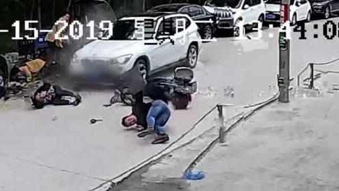 宝马司机醉驾直冲人群,撞伤4人:一人重伤3人轻伤