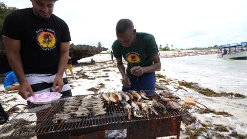非洲穷人吃龙虾充饥,比白菜还便宜,蔬菜反而成了一种奢侈品!