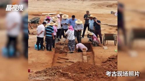 南头城小学拆除重建过程中发现多座古墓葬