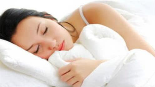 无论男女,睡觉前坚持做这一件事,让你一觉睡到天亮