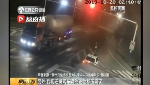 """超载""""百吨王""""深夜上路 交警:再晚也要等到你!"""
