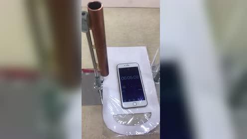 当磁铁在铜管里会发生什么!