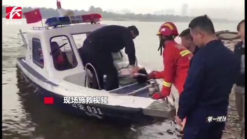 心大!男子清晨醉酒失足摔下河堤,水警出动快艇营救