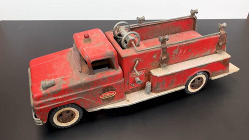 复古修复1960年,东京市郊抽水机消防玩具车,可惜了多年的包浆