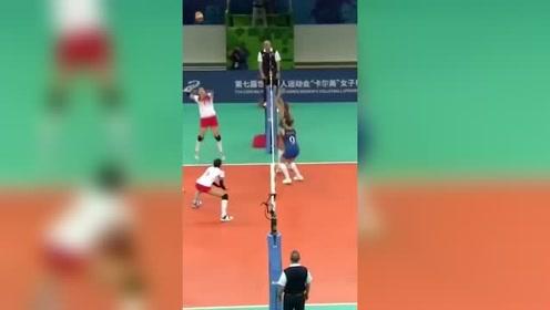 军运会两连胜!中国女排3-0复仇巴西队