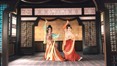 独特的韵味!两位美女舞一曲别样的《清平乐》,舞姿妩媚动人