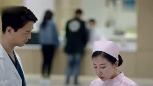流淌的美好时光:骆荀找护士照顾侃爷,反被护士调侃,骆荀真有心