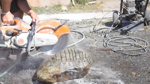 小哥搬来了块石头,而且还拿来了电锯,他这是想做什么?