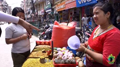 尼泊尔的街头小吃,拍摄背后的真相:才吃了两口就引发了腹泻