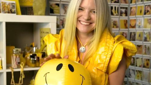 """女子痴迷""""黄色""""18年,连牙齿都染成黄色,如今医生都无药可救!"""