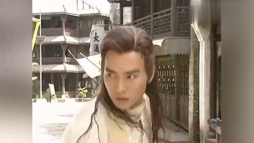 为了保护朱锐,白发三千丈与李寻欢交手,结果却不敌小李飞刀