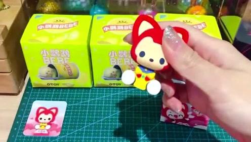 拆一款小鹦鹉系列盲盒,超级可爱!