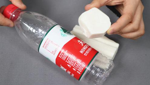 扔几块肥皂在塑料瓶里,作用真厉害,家家户户都能用,赶紧学