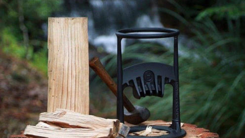 """老外发明""""钢筋""""劈柴神器,不用油不用电,一天劈柴量可达8吨"""