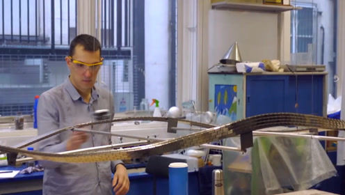 磁铁制作的莫比乌斯环,放上超导体后,成最强磁悬浮?一起见识下