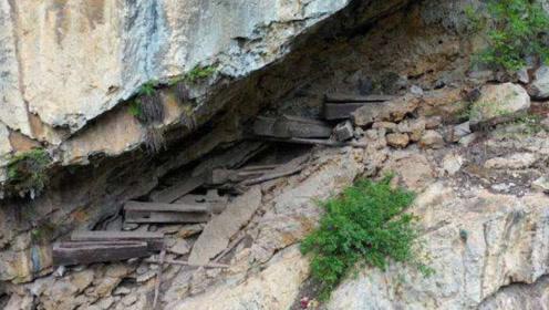 云南发现7具古棺木,藏于悬崖峭壁中,经历700年却未腐蚀