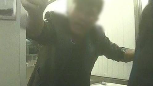 """醉酒男子在高铁吸烟 被劝阻后殴打乘警:""""谁也别拦我!"""""""