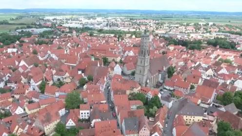 全球最值钱的小镇,城墙内镶有7.2万吨钻石,游客来此禁止带工具!