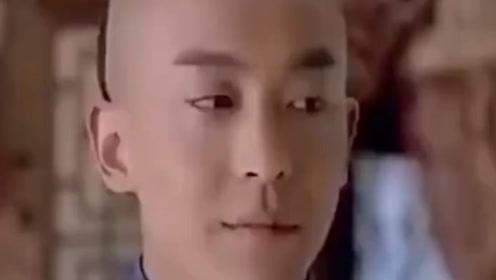 盘点娱乐圈的同班同学,黄渤、刘亦菲相差13岁,雪姨隔空喊话尔康