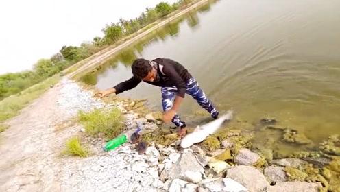 钓鱼:这样的钓鱼方法你见过吗?手机拍下收获全过程