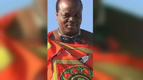非洲国王为15个妻子购置劳斯莱斯