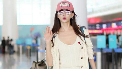 林志玲身材比例越来越好!戴粉帽配连衣裙,黄金比例不像是45岁