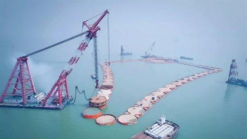 中国又一超级工程,57个接近700吨巨型钢圆筒,扎入海床以下25米