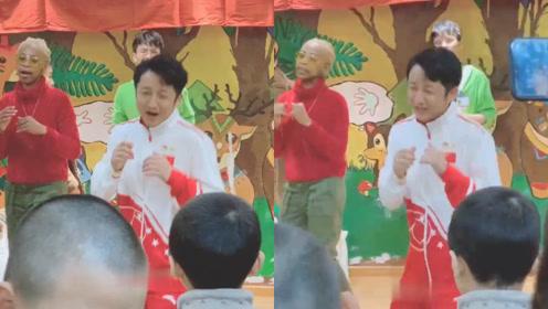 邹市明教中外友人打拳,现场氛围活跃像极了在跳啦啦操