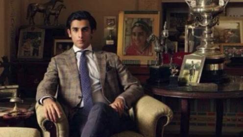 """21岁就坐拥200亿,印度最帅""""国王""""每晚8000美金出租自家宫殿"""