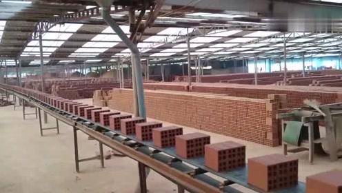 造砖厂的批量生产,这切割机器不错