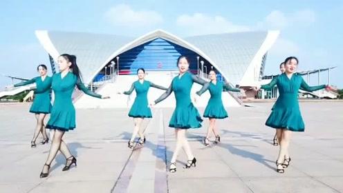 女神级别的《拉丁舞》表演,令人赏心悦目的美!